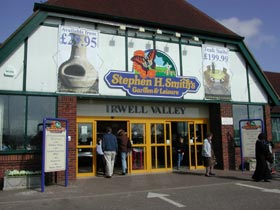 Welcome to our Irwell Valley garden centre in Bolton!