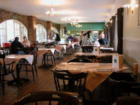 Hattie's Scunthorpe.  Additional tables are available in the conservatory seating area.